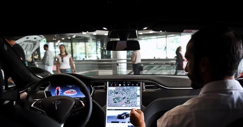 Self-driving car di Tesla